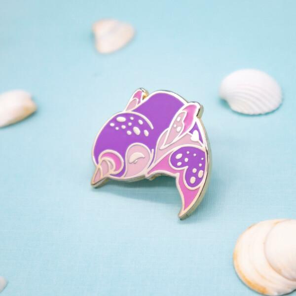 Shiny high quality narwhal hard enamel pin by Evy Benita