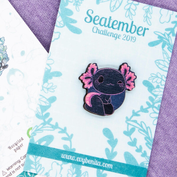 "Adorable North-American ""Mudpuppy"" Salamander Pin Badge - Illustrated by Evy Benita"