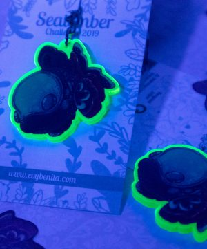 Cute deep-sea fish acrylic keychain charm that glows under fluorescent light!