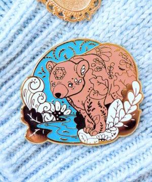 Gold Winter Eurasian Bear Enamel Pin