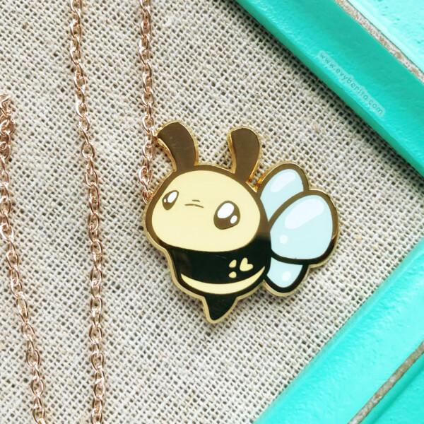 Pastel bumblebee hard enamel pin by Evy Benita