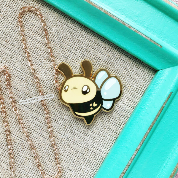 Cute bee enamel pin badge by Evy Benita. Made with hard enamel and gold plating.