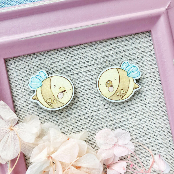 A set of two adorably round bumble bee wooden pins! Made from responsibly sourced wood, eco friendly, and designed by Evy Benita.